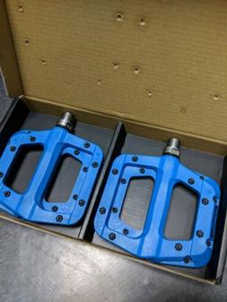 "Blue - Race Face Chester Composite Platform Pedals: 9/16"" Pa"
