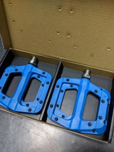 """Race Face Chester Composite Platform Pedals 9//16/"""" BLACK Pair Flat Pedal MTB"""